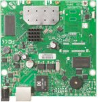 Рутер Mikrotik RB911G-2HPnD, 2.4GHz, Wireless N, 1x WAN 1000, PoE, 64MB RAM, 128MB Flash памет image