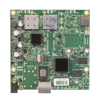 Рутер Mikrotik RB911G-5HPacD, 867 Mbps, 5 GHz (867 Mbps), Wireless ac, 1x Ethernet 10/100/1000, PoE, 2 вътрешни антени, 128MB RAM, 128MB Flash памет image