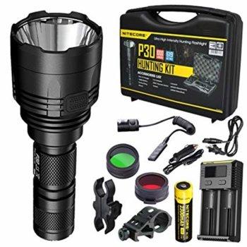Ловен комплект Nitecore P30 Hunting Kit, включва фенер, 1x Li-Ion батерия, преходник за батерии CR123, калъф, ремък за ръка, клипс, O-ring, автомобилния адаптер 12V, NFG50 филтър image