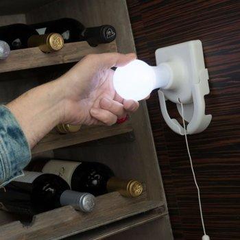 Преносима LED крушка InnovaGoods, преносима, безкабелна, 4x AA батерии, поставяне чрез залепяне или винтове, бяла image