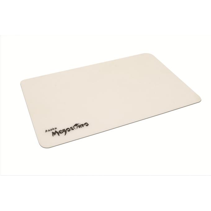 Подложка за мишка Razer Megasoma, силиконов, гейминг, бяла, 350 х 230 x 2mm image