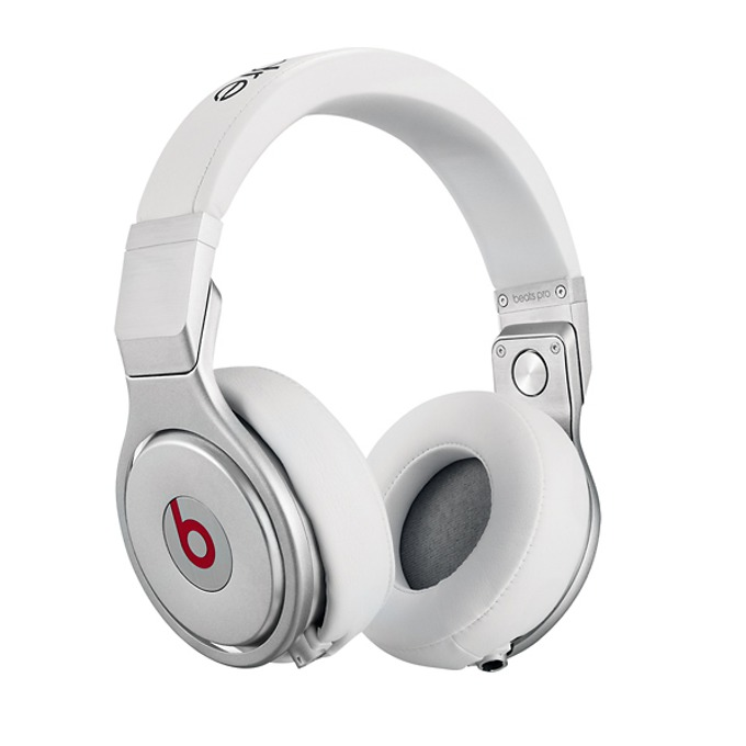 Професионални слушалки Beats by Dre Pro Over Ear, бели, сгъваеми, оптимизирани за iPhone/iPad/iPod image