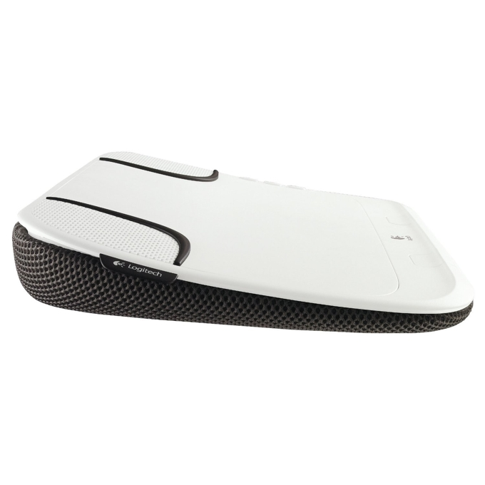 "Охлаждаща поставка за лаптоп Logitech Lapdesk N550, за лаптоп до 14.1"" (35.81cm), вградени колонки, бяла/черна image"
