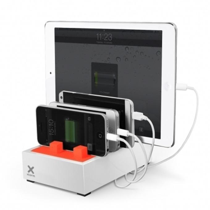 Зарядно устройство A-solar Xtorm Power Hub XPD05, от AC 100-240V, 0.6A, 50/60Hz, към 4x USB изхода общо 4.5A, бяло image