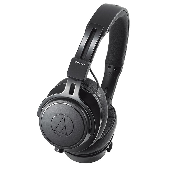 Слушалки Audio-Technica ATH-M60x, професионални, до 3m кабел, 45mm говорители, черни image