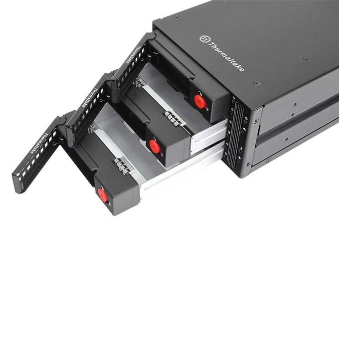 """Чекмедже (rack) за твърд диск Thermaltake Max 3503, 3 x 2.5""""/3.5"""" Multi Bay в 5.25"""" image"""