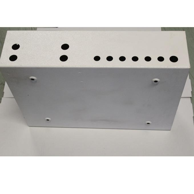 Метален шкаф с две отделения за терминиране